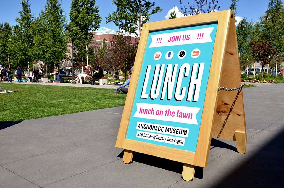 lunch-on-the-lawn-3
